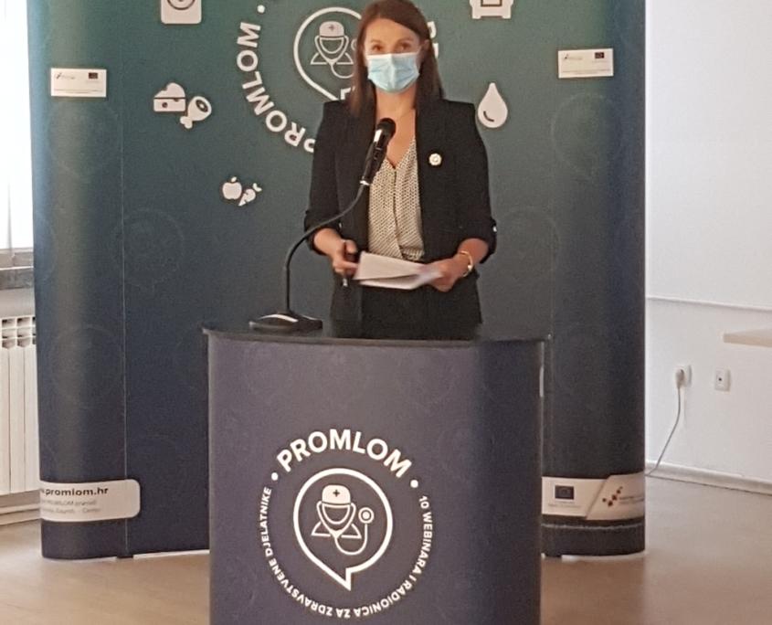 dr.sc. Mirela Šentija Knežević, prof.log.
